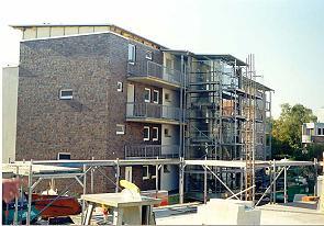 R�ckfront mit Treppenhaus